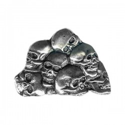 HEAP OF SKULL PIN