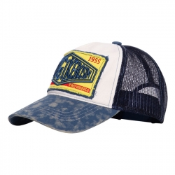 KING KEROSIN TRUCKER CAP SINCE 1955 WHITE/BLUE
